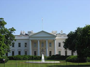 'La Casa Blanca de Washington, ejemplo de Neopalladianismo' from the web at 'http://www.arteespana.com/imagenes/palladio-casablanca.jpg'