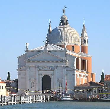 'Iglesia veneziana del Redentor, la última que proyectó Palladio en la ciudad de los canales' from the web at 'http://www.arteespana.com/imagenes/palladio-redentore.jpg'