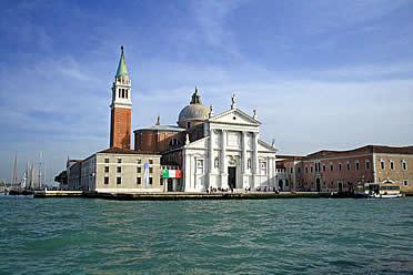 'Espectacular panorámica de la iglesia de San Giorgio Maggiore (Venecia)' from the web at 'http://www.arteespana.com/imagenes/palladio-sangiorgiomaggiore.jpg'